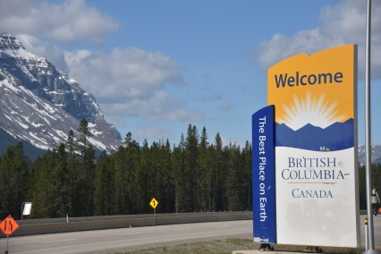 Continental divide and AB/BC border
